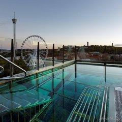 Отель Upper House бассейн