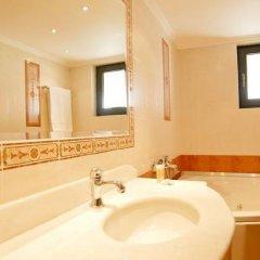 Отель Nefeli Греция, Афины - 3 отзыва об отеле, цены и фото номеров - забронировать отель Nefeli онлайн ванная фото 2