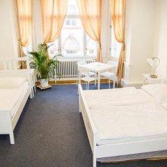 Отель Hostel Franz Kafka Чехия, Прага - отзывы, цены и фото номеров - забронировать отель Hostel Franz Kafka онлайн комната для гостей фото 2