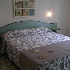 Hotel Roma Гаттео-а-Маре сейф в номере