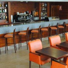 Hotel Ganivet гостиничный бар