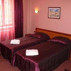 Отель Family Hotel Balkana Болгария, Боженци - отзывы, цены и фото номеров - забронировать отель Family Hotel Balkana онлайн комната для гостей фото 4