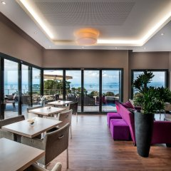 Отель Hilton Evian-les-Bains интерьер отеля фото 2