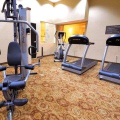 Отель Sleep Inn & Suites And Conference Center фитнесс-зал