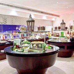 Отель Novotel Dubai Deira City Centre питание