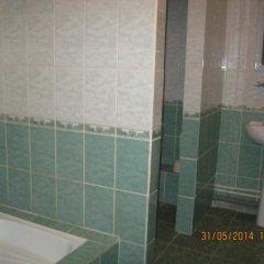 Гостиница Zhemchuzhina в Артыбаше отзывы, цены и фото номеров - забронировать гостиницу Zhemchuzhina онлайн Артыбаш ванная фото 2
