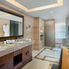 Отель Hilton Beijing Wangfujing ванная фото 2