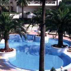 Отель Ambassador-Monaco бассейн