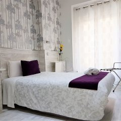 Отель Hostal Met Madrid комната для гостей