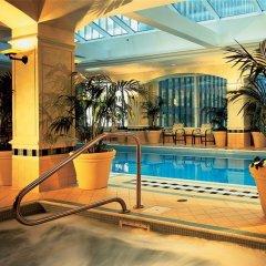 Fairmont Royal York Hotel бассейн