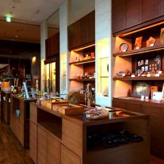 Sankara Hotel & Spa Yakushima Якусима гостиничный бар