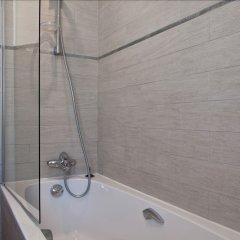 Отель B Square Париж ванная