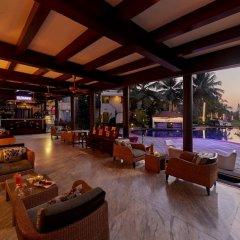 Отель Royal Orchid Beach Resort & Spa Гоа гостиничный бар