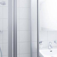 Отель Swiss Star Guesthouse Oerlikon Цюрих ванная фото 2