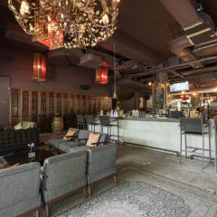 Отель New Cape Inn гостиничный бар
