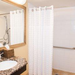 Отель Embassy Suites Minneapolis - Airport Блумингтон ванная фото 2