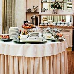 Отель National Hotel Литва, Клайпеда - 1 отзыв об отеле, цены и фото номеров - забронировать отель National Hotel онлайн интерьер отеля фото 3