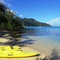 Отель Le Fare Iris Французская Полинезия, Муреа - отзывы, цены и фото номеров - забронировать отель Le Fare Iris онлайн пляж фото 2