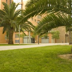 Отель Apartamentos Plaza Picasso Испания, Валенсия - 2 отзыва об отеле, цены и фото номеров - забронировать отель Apartamentos Plaza Picasso онлайн спортивное сооружение