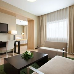 Отель NH Ribera del Manzanares комната для гостей фото 4