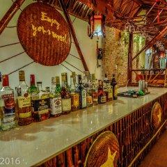 Отель Nhi Nhi Хойан гостиничный бар