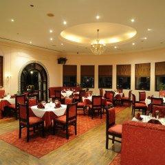 Отель Grand Hotel Kathmandu Непал, Катманду - отзывы, цены и фото номеров - забронировать отель Grand Hotel Kathmandu онлайн питание фото 2