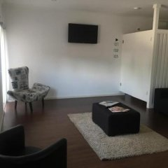 Отель Albufeira Hostel Португалия, Марку-ди-Канавезиш - отзывы, цены и фото номеров - забронировать отель Albufeira Hostel онлайн интерьер отеля фото 3
