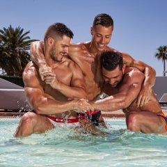 Отель AxelBeach Ibiza Spa & Beach Club - Adults Only бассейн