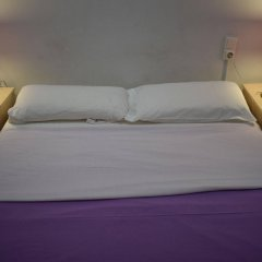 Отель Hostal MiMi Las Ramblas комната для гостей фото 4