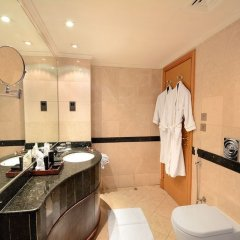 Отель Sofaraa Al Huda Hotel Саудовская Аравия, Медина - отзывы, цены и фото номеров - забронировать отель Sofaraa Al Huda Hotel онлайн ванная фото 2