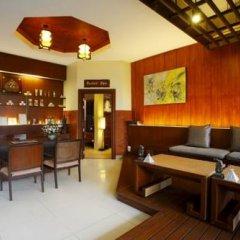 Отель Khaolak Bay Front Resort интерьер отеля