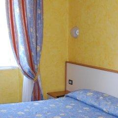 Hotel Beata Giovannina Вербания сейф в номере