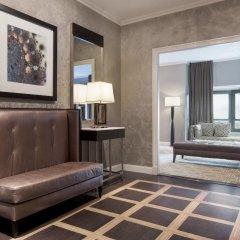 Отель New York Hilton Midtown США, Нью-Йорк - отзывы, цены и фото номеров - забронировать отель New York Hilton Midtown онлайн удобства в номере фото 2
