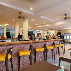 On Hotel Phuket гостиничный бар