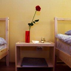 Big Bang Hostel сейф в номере