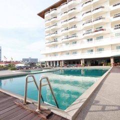 Отель Jomtien Thani Hotel Таиланд, Паттайя - 3 отзыва об отеле, цены и фото номеров - забронировать отель Jomtien Thani Hotel онлайн бассейн