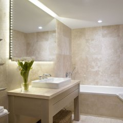 The Retreat Collection at 1 Hotel South Beach ванная фото 2