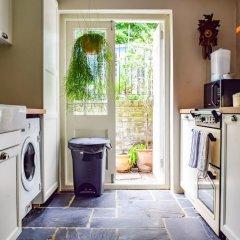 Отель Stylish 1 Bedroom Flat With A Beautiful Garden Лондон фото 3