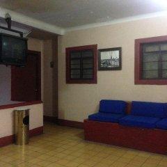 Отель Gallo Rubio Мексика, Гвадалахара - отзывы, цены и фото номеров - забронировать отель Gallo Rubio онлайн комната для гостей