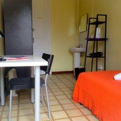 Отель Barcelona City Ramblas (Pensión Canaletas) Испания, Барселона - 1 отзыв об отеле, цены и фото номеров - забронировать отель Barcelona City Ramblas (Pensión Canaletas) онлайн комната для гостей
