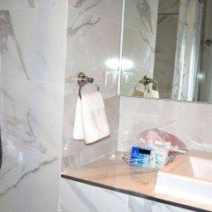 Отель Flipper Lodge Паттайя ванная фото 2