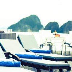 Отель Signature Halong Cruise бассейн