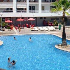 Отель Royal Apartamentos Rentalmar бассейн