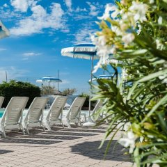 Hotel Corinna Римини бассейн фото 2