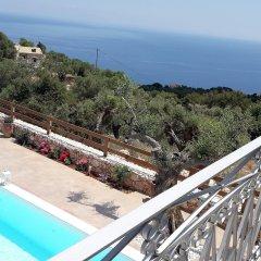 Отель Aria Villa Греция, Закинф - отзывы, цены и фото номеров - забронировать отель Aria Villa онлайн бассейн фото 2