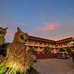 Отель Srisuksant Resort парковка