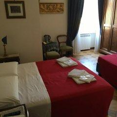 Отель Abc Pallavicini сейф в номере