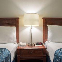 Отель Capital Hill Hotel & Suites Канада, Оттава - отзывы, цены и фото номеров - забронировать отель Capital Hill Hotel & Suites онлайн комната для гостей фото 5
