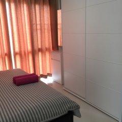 Отель Condo Ratchapruek By Lyn Бангкок бассейн