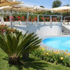 Отель Klass Hotel Италия, Кастельфидардо - отзывы, цены и фото номеров - забронировать отель Klass Hotel онлайн бассейн фото 3
